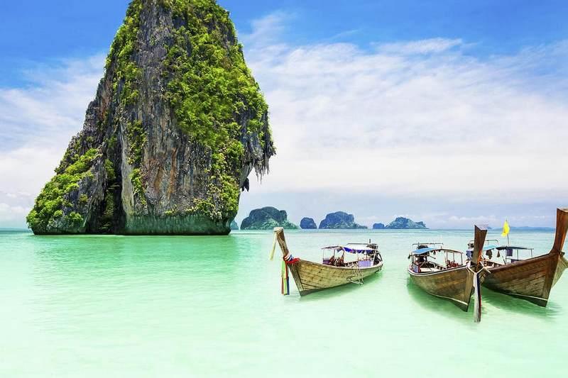 Phuket Thái Lan nổi tiếng là điểm du lịch đẹp ở Thái Lan