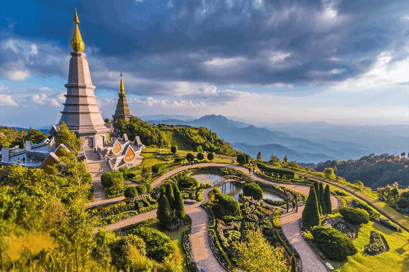 Núi Doi Inthanon là ngọn núi cao nhất ở Chiang Mai