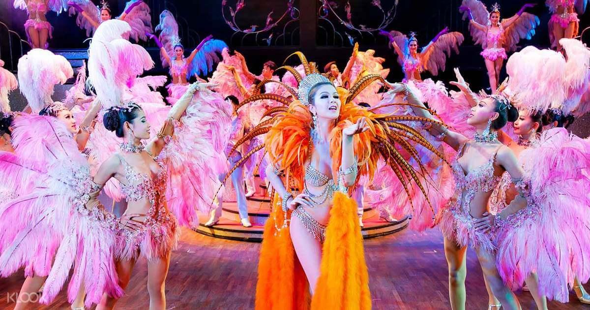 Show tạp kĩ chuyển giới nổi tiếng Cabaret Show