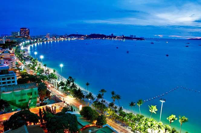 Thành phố không ngủ Pattaya khi đêm về