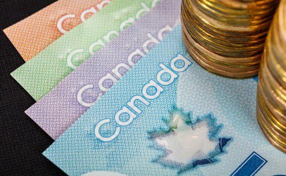 lệ phí xin visa Canada