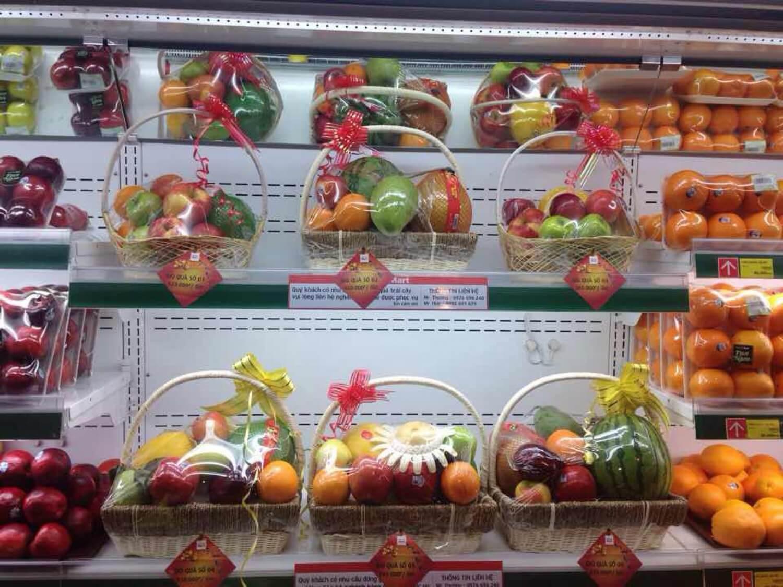 Mách bạn kinh nghiệm tặng giỏ hoa quả Tết 2021